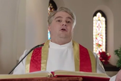 SNL Makes Fun of Christmas Mass Perfectly