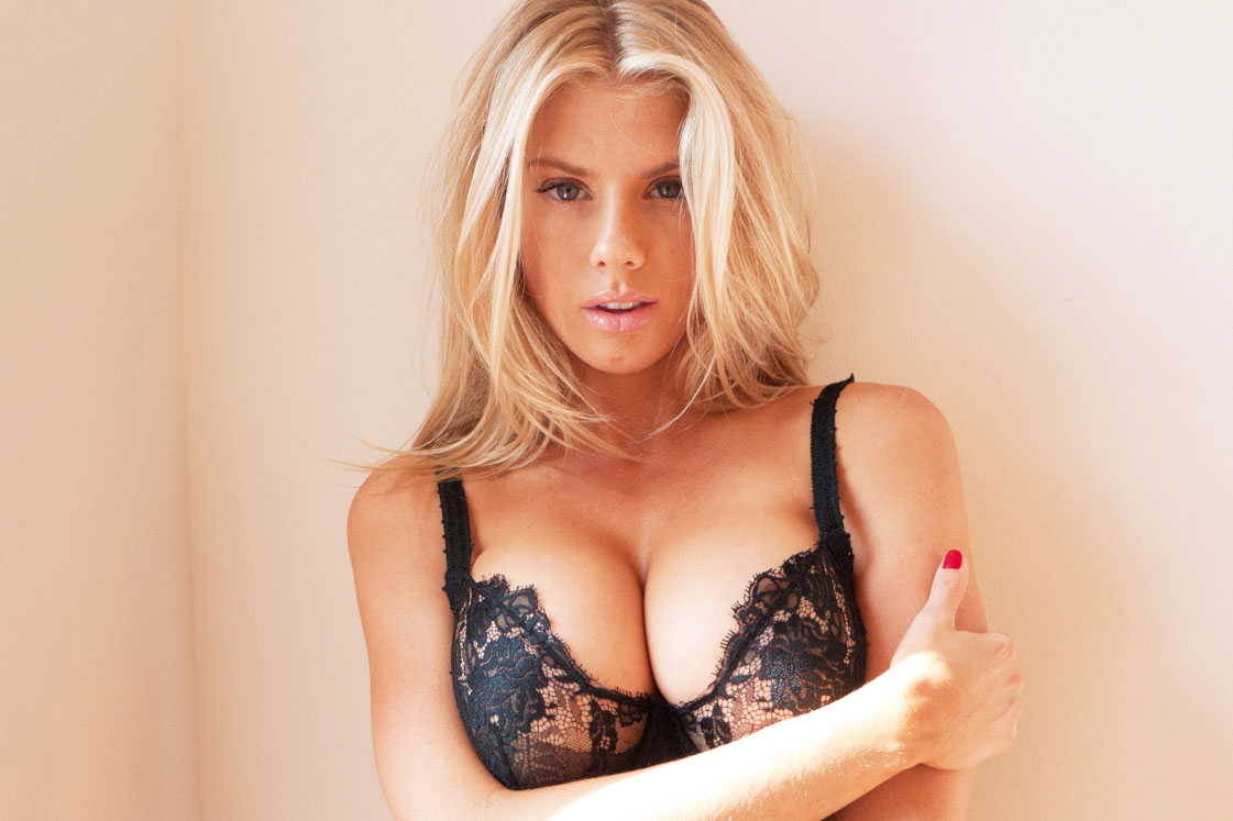 Are These Nudes of Charlotte McKinney??
