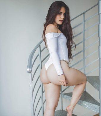 Hump Day Hottie: Camila Radoslovich
